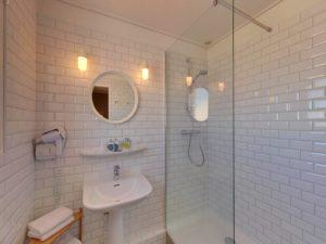 Hôtel Orque Bleue salle d'eau chambre double