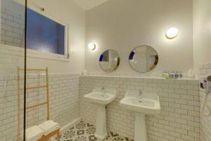 Hôtel Orque Bleue salle d'eau